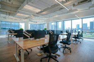 owner of office space bought commercial property insurance policy before signing lease