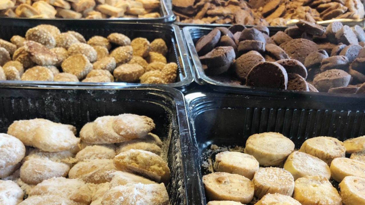 the lack of spoilage insurance is why the bakery goods that were made at home are separated before they are frozen