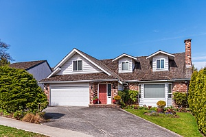 a home that is protected by a comprehensive home insurance policy in Valdosta, GA